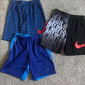 Size 7 boys Nike shorts